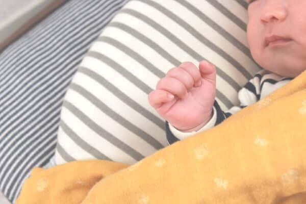吐き 戻し 大量 新生児