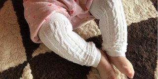 赤ちゃんが足をこすりあわせる理由