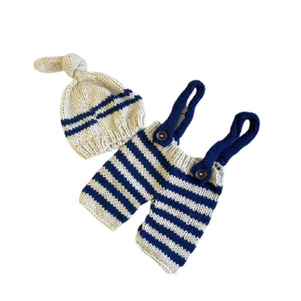 ニューボーンフォト セルフ(新生児写真)【サスペンダー付きパンツと帽子】